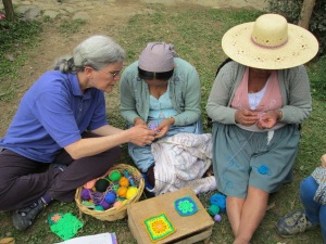 Teaching a Granny Square Pattern to Zoraida