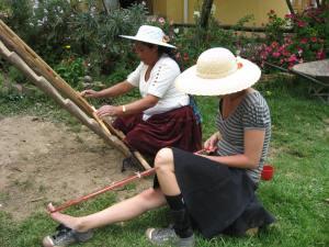 Weaving with Doña Máxima