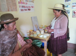 Doña Máxima Prepares the Soaps for Packaging