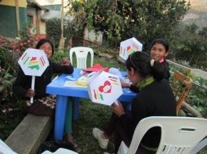 CdA Chicas Making Lanterns for Parade