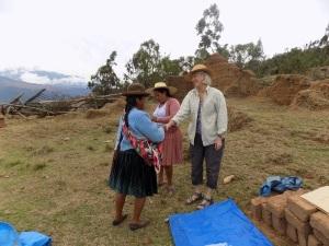 Doña Justina Receiving Her Prize & Certificate from Dorinda & Doña Máxima